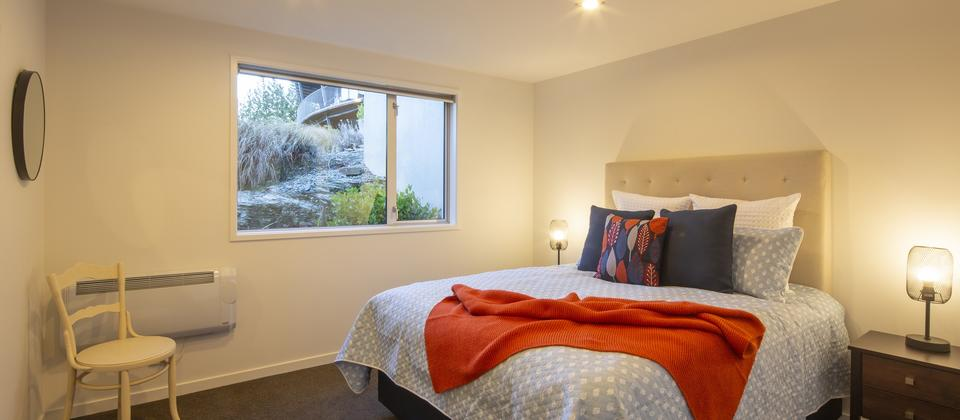Sunnyside-Vista-3-bedroom-Queenstown-luxury-holiday-home.jpg