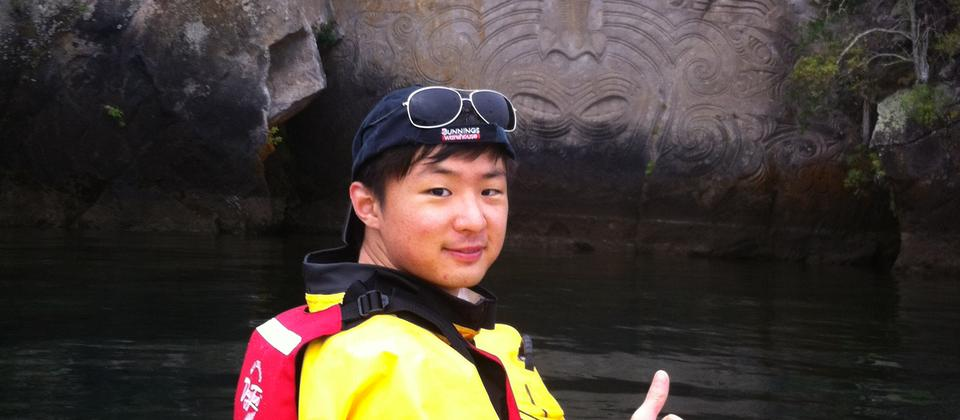 Taupo Kayaking Adventures Carvings Chinese.JPG