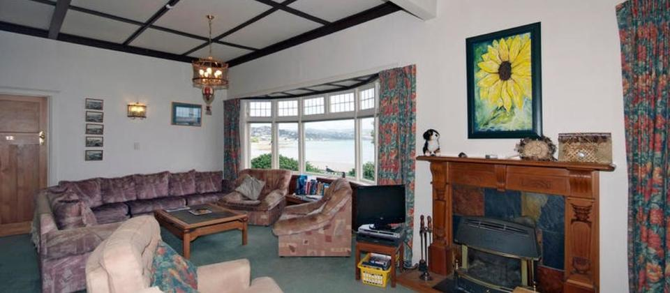 Enjoy the restful lounge with huge seaviews