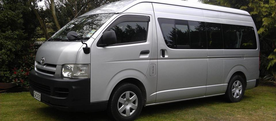 12 seat minibus, 2.7 litre Toyota Hiace 4 door in automatic. Power steering, air conditioning, CD stereo.