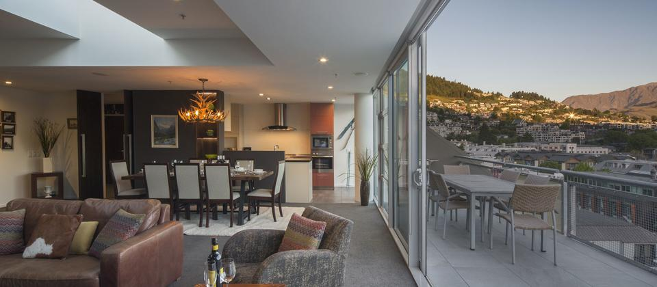 501_Shotover_St_Penthouse_high_028.jpg