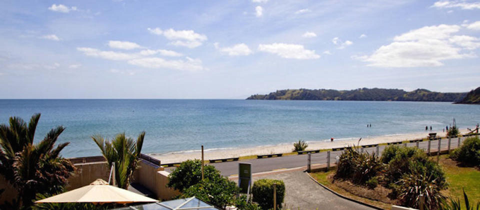new-zealand-waiheke-island-luxury-holiday-houses-villas-apartments-on-the-beach-542.40343.904x505.jpg
