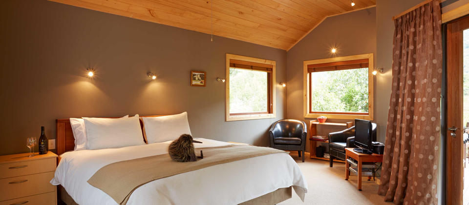 bush chalet bedroom