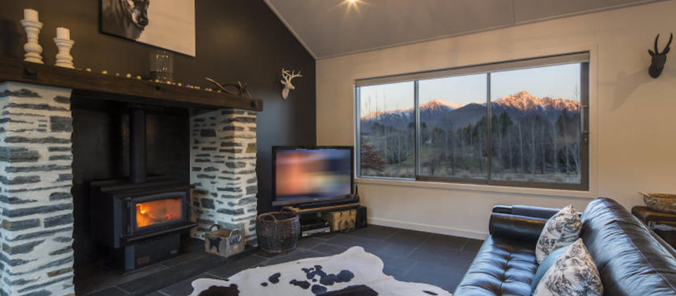 luxury-holiday-houses-villas-apartments-new-zealand-queenstown-coronet-luxury.119228.904x505.jpg