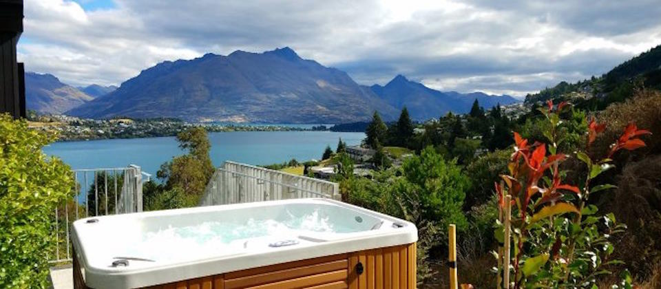 the-highlander-luxury-holiday-houses-villas-apartments-queenstown-new-zealand.108652.904x505.jpg
