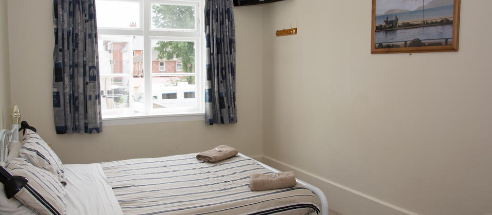 Dorset House Backpackers - Christchurch - Family Room.jpg