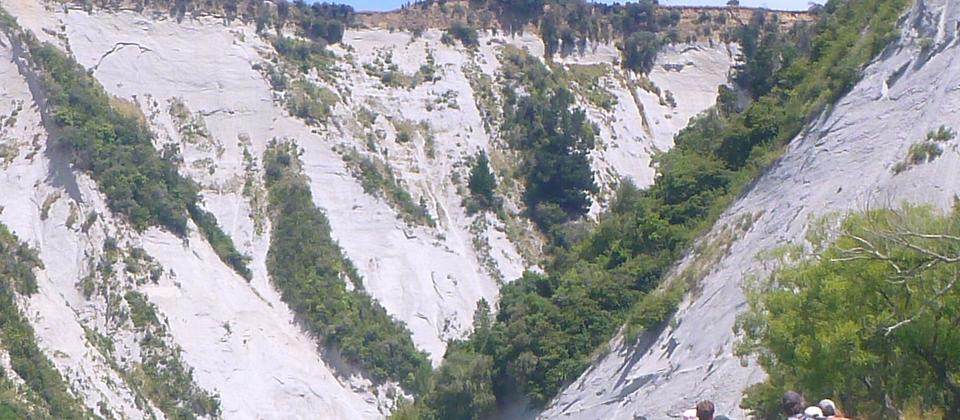The Papa Gorge is a fun, safe and quick explore on the Rangitikei River, Mangaweka, New Zealand