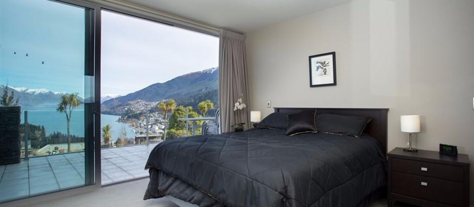 Bedroom with mountain view & lake view