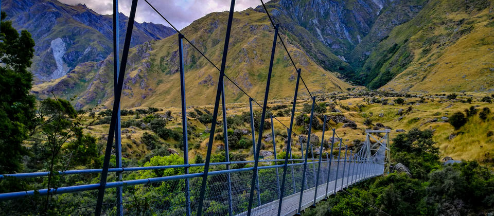 'That Bridge' to Rob Roy Glacier