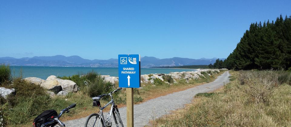 Great Taste Cycle Trail, near Mapua - beautiful!