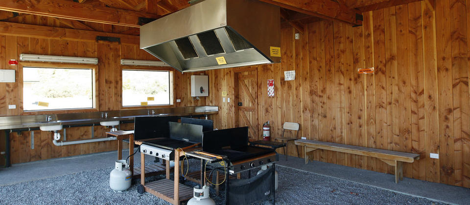 Indoor/Outdoor BBQ Pavilion. 3 BBQ's with gas provided.