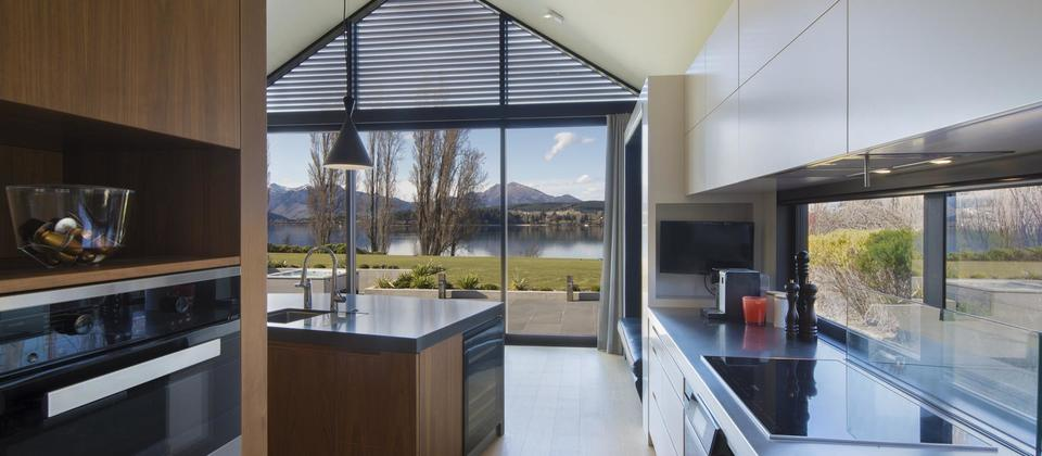 37_Sunrise_Bay_Wanaka_009 (Copy).jpg