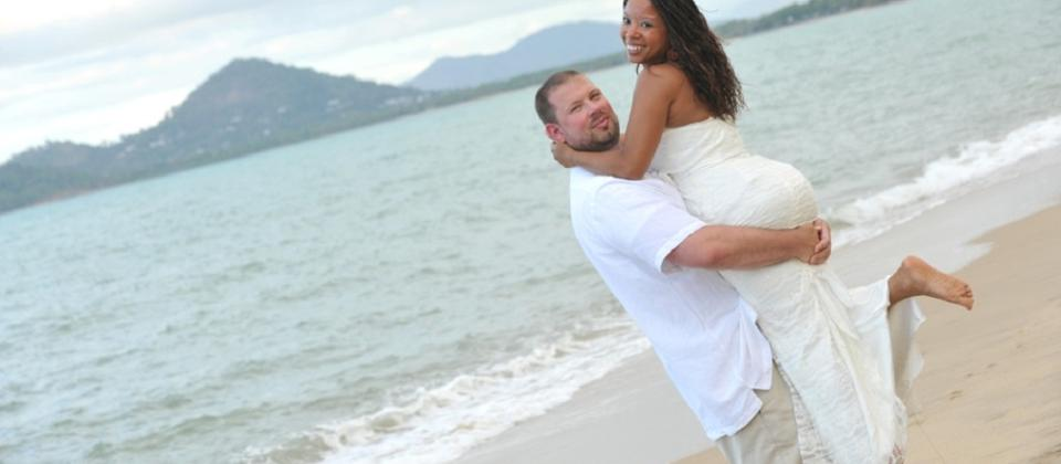 Customized Weddings & Honeymoons