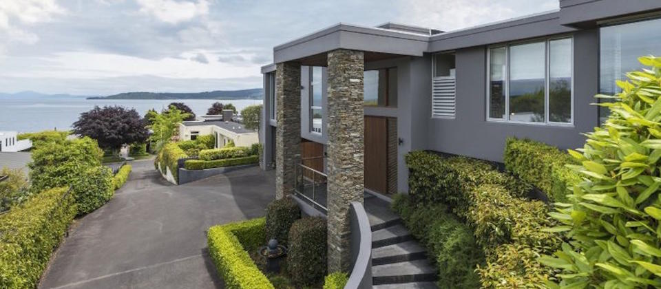 new-zealand-cushaven-8704-lake-taupo-luxury-holiday-houses-villas-apartments.105617.904x505.jpg