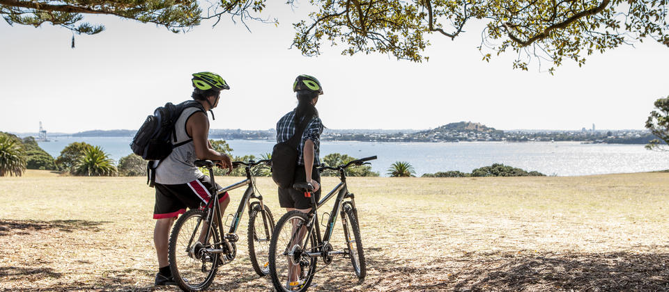 Self-guided bike tours in Auckland, Wellington and Christchurch