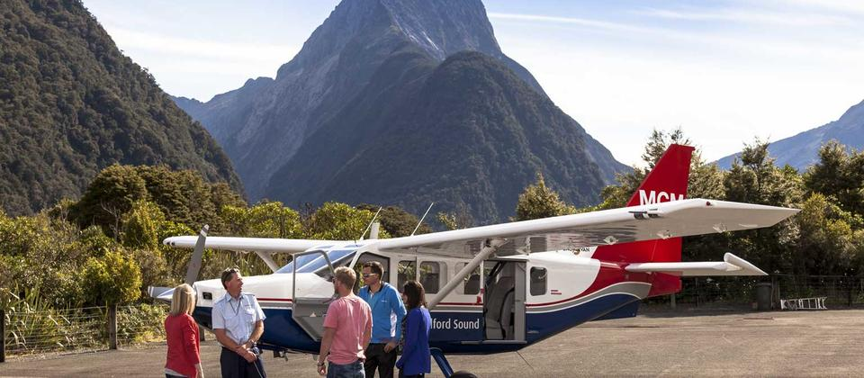 Milford Sound Flightseeing - Real Journeys
