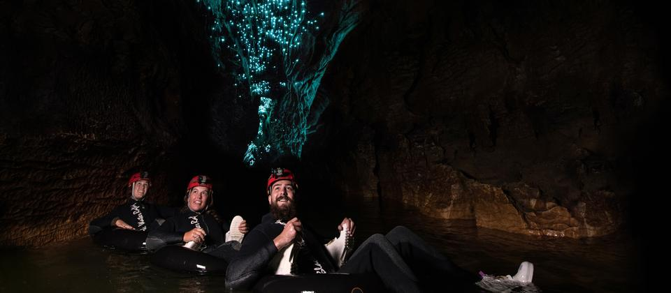 Black Labyrith tour, Waitomo Caves