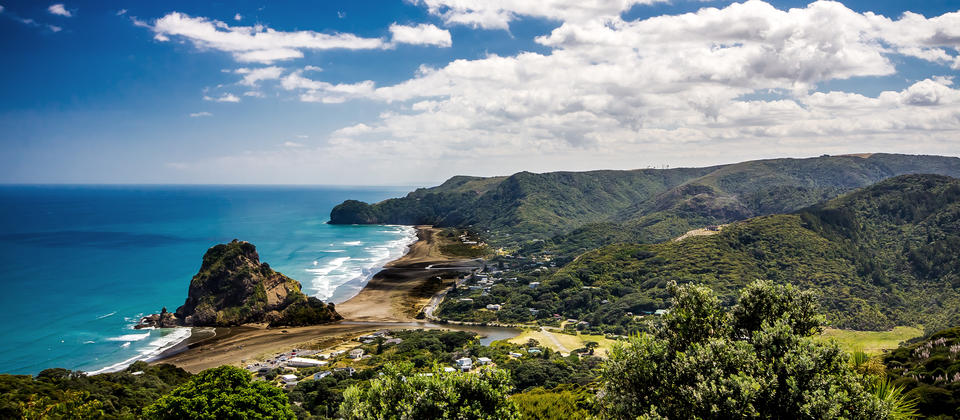 Piha Beach is popular with experienced surfers, but it's also a wonderful spot for picnics, relaxing walks and swims.