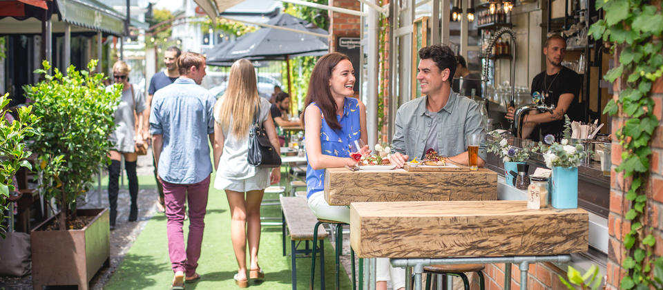 Discover a food and wine adventure in the heart of Auckland city with vibrant laneways, and waterfront dining all within walking distance.