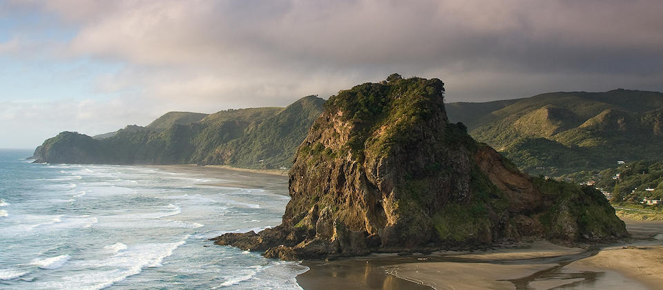 Lion Rock, Piha Beach