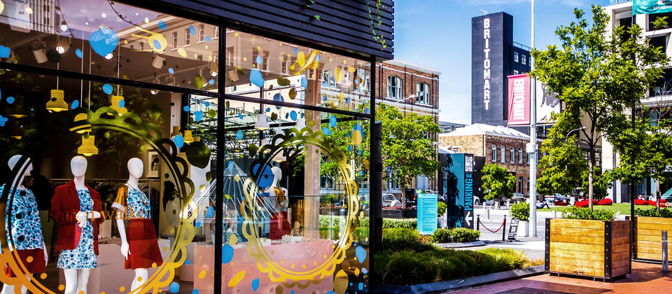 An inviting network of lanes, streets and open spaces, Britomart is a treasure trove of fashionable boutiques and quality gift shops.