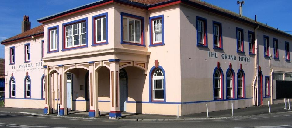 The Grand Hotel, Helensville