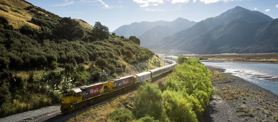 Travel over massive viaducts, river valleys and spectacular gorges as you ascend to Arthur's Pass located in the centre of the Southern Alps.