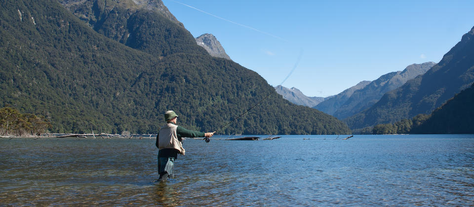 Te Anau fly fishing