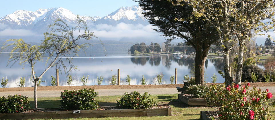 View from Te Anau Lakeview Kiwi Holiday Park looking out over Lake Te Anau and the Mountains of Fior