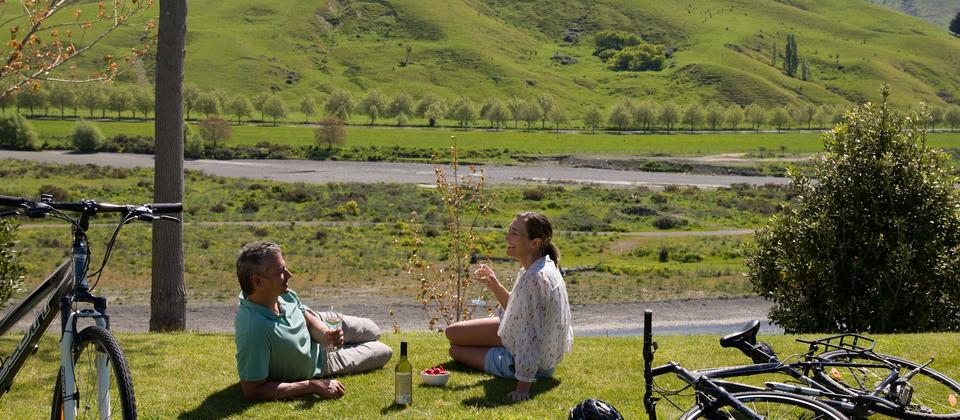 Cycling and Picnic by Tukituki River