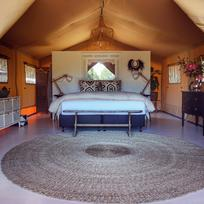 Private glamping