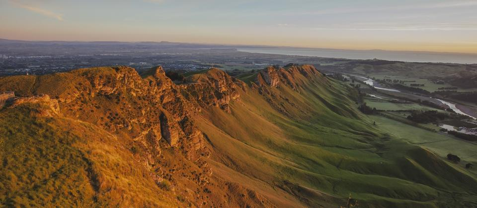 The Hawke's Bay landscape is a mix of stunning mountains, pastoral plains and wild ocean beach.
