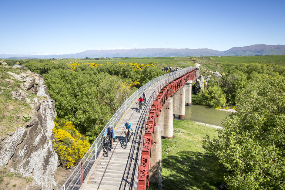 One of the highlight on riding Otago Central Rail Trail is the number of historic railway bridges cyclists will ride on.