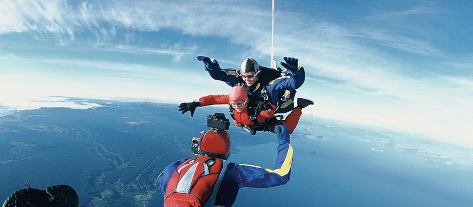 Tandem skydiving will show you the best view of the North Island.