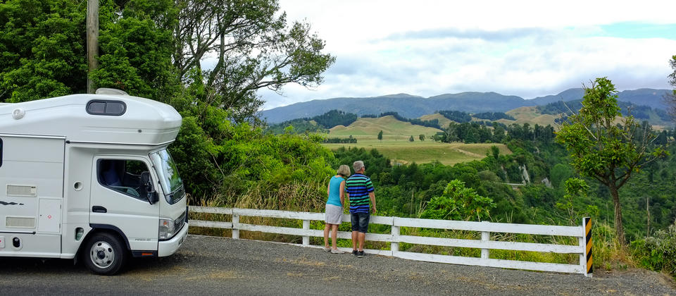 The Country Road is a great place to escape urban madness and enjoy a real Kiwi back country experience.