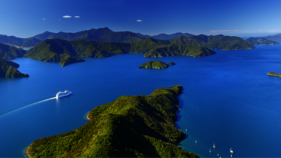 Cruising the Marlborough Sounds