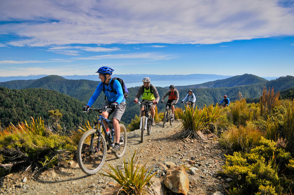 Magnificent views on the Dun Mountain Cycle Trail