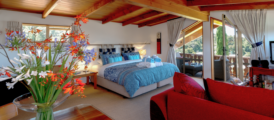 Chalet Romantica in Paihia offers a luxurious yet homely B&B experience