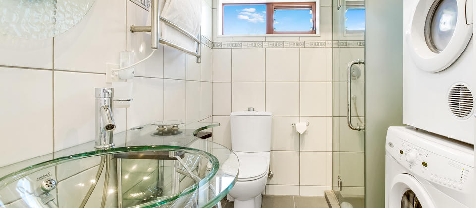 Hauraki Villa - Second Bathroom.jpg