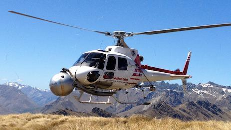 Aerial film experts for New Zealand. Glacier Southern Lakes Helicopters fly a 3D HD camera for Peter Jackson's LOTR & Hobbit movies.