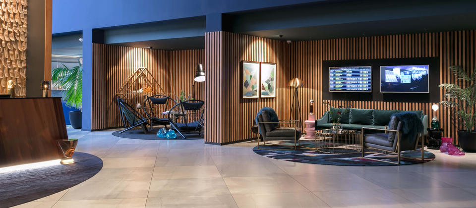 Lobby at Naumi Hotel Auckland Airport