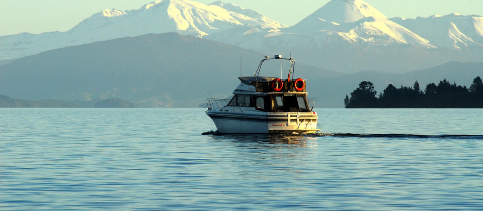 A winter cruise on Lake Taupo