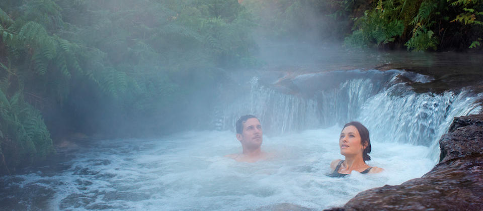 Relax in one of the many geothermal hotpools, like in Rotorua