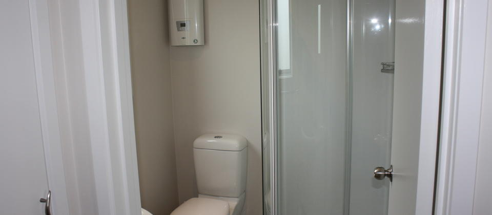 Ensuite - Twin Room