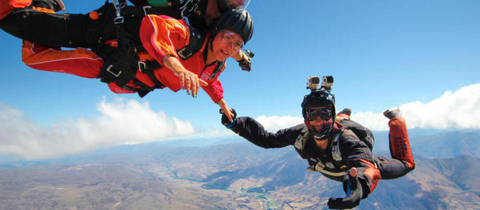 come join us-skydive wanaka for TNZ china.jpg