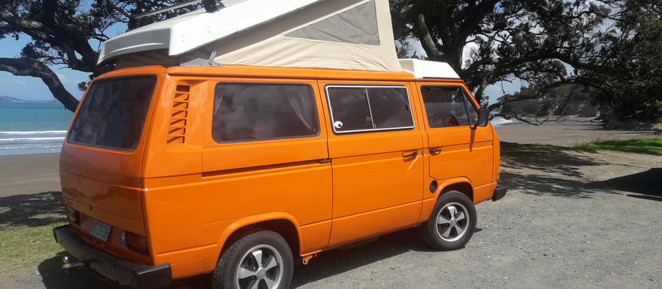 82 VW T25 at Hatfields Beach NZ