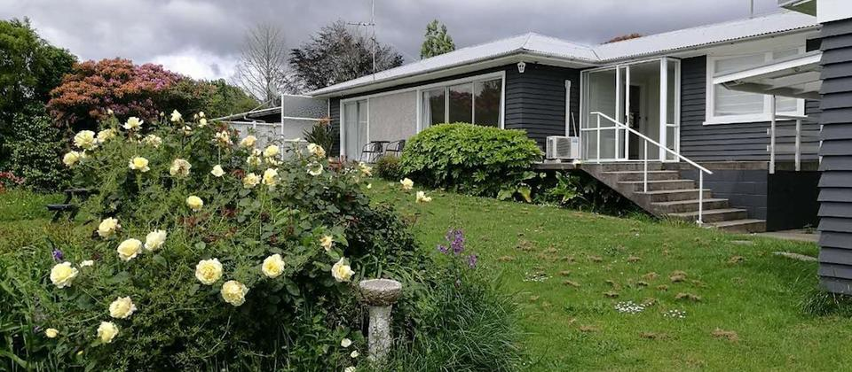 Rotorua Lakeside Holiday House