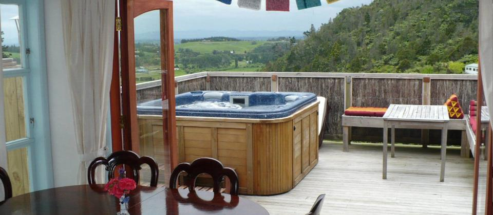 Spa pool overlooking the countryside