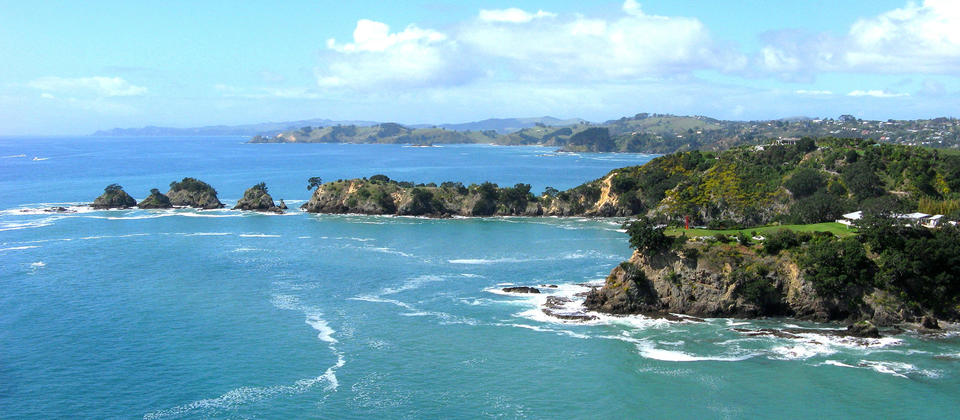 Cruising along the coast of Waiheke Island