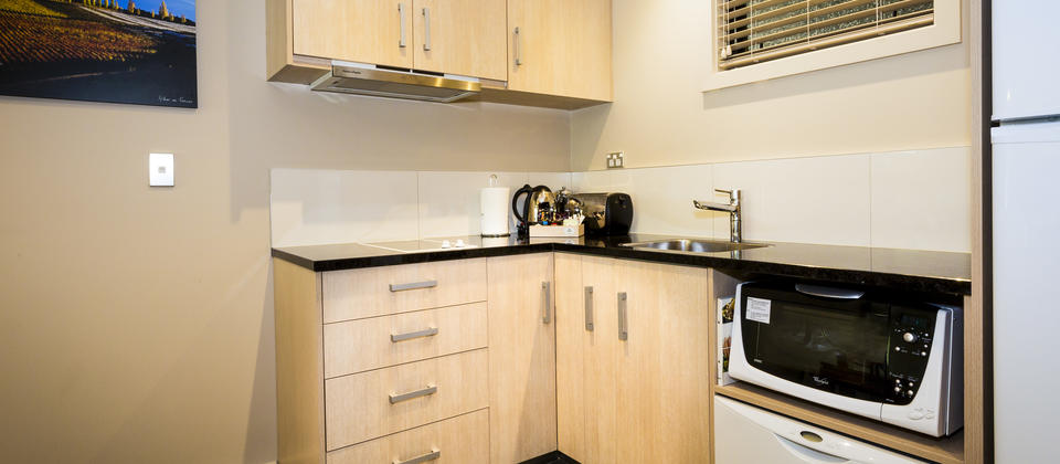 wyndham-14 1&2BR kitchen - Copy.jpg